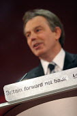 Tony Blair. 2005 Labour Party Spring Conference, The Sage, Gateshead On Tyne. 11/2 2005. - Mark Pinder - 11-02-2005