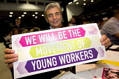 Dave Prentis, UNISON supporting Young Workers at TUC conference Brighton. - Jess Hurd - 2010s,2016,Conference,conferences,Congress,Dave Prentis,member,member members,members,people,placard,placards,Trade Union,Trade Union,Trade Unions,Trades Union,Trades Union,Trades unions,TUC,TUC Congr