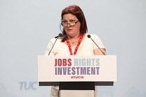 Vicky Johnson FDA speaking TUC conference Brighton. - Jess Hurd - 13-09-2016