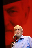 Jeremy Corbyn speaking Momentum meeting hosted by PCS, TUC Congress, Brighton. - Jess Hurd - 13-09-2016