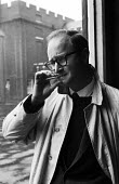 American satirist and cartoonist Jules Feiffer visiting London 1959 - Alan Vines - 1950s,1959,ACE,American,americans,art,artist,artists,arts,cartoonist,cartoonists,cigarette,CIGARETTES,cities,City,culture,Jules Feiffer,London,male,man,men,nicotine,people,person,persons,satire,satiri