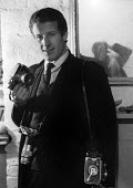 Photojournalist Romano Cagnoni London 1962 at the start of his professional career - Alan Vines - 1960s,1964,ACE,arts,camera,cameras,career,CAREERS,cities,City,culture,Italian,italians,journalism,journalist,journalists,Leica,lens,London,male,man,media,medium format camera,men,people,person,persons