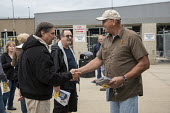 Hodgkins, Illinois, Fred Zuckerman (L) campaigning for president of the Teamsters Union, UPS hub near Chicago. The Teamsters United slate are reformers who are opposing incumbents led by James P. Hoff... - Jim West - 2010s,2016,ACTIVIST,ACTIVISTS,America,campaign,campaigning,CAMPAIGNS,candidate,CANDIDATES,change,Chicago,coming off,communicating,communication,conversation,conversations,democracy,dialogue,discourse,