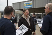 Hodgkins, Illinois, Fred Zuckerman (C) campaigning for president of the Teamsters Union, UPS hub near Chicago. The Teamsters United slate are reformers who are opposing incumbents led by James P. Hoff... - Jim West - 30-09-2016