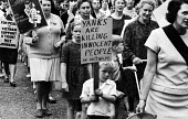 Mothers and children protest against British involvement in the Vietnam war, London 1967 - Patrick Eagar - 1960s,1967,activist,activists,adult,adults,against,American,americans,anti,anti war,Antiwar,anti-war,boy,boys,CAMPAIGN,campaigner,campaigners,CAMPAIGNING,CAMPAIGNS,child,CHILDHOOD,children,DEMONSTRATI