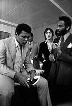 Muhammad Ali 1974 visiting Tulse Hill School, Brixton, London - Peter Arkell - 02-12-1974