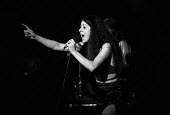 Elkie Brooks singing with Vinegar Joe, Marquee club, London 1971 - Martin Mayer - 1970s,1971,ACE,Arts,cities,city,club,clubs,concert,concerts,Culture,Elkie Brooks,FEMALE,London,Marquee,melody,music,MUSICAL,musician,musicians,people,person,persons,play,player,players,playing,Pop mus