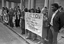 Paddington squatters lobby court against eviction,London 1974 - NLA - 11-09-1974