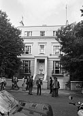 Squatters at the old house of Michael Heseltine, London 1976 - NLA - 01-10-1976
