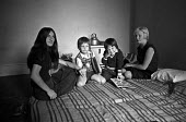 Squatters, Cricklewood, North London 1976 - NLA - 08-09-1976