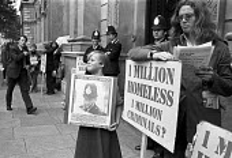 Squatters lobby High Court against Criminal Trespass bill, London 1976 - NLA - 03-06-1976