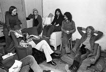 Squatters, Islington, North London 1974 - NLA - 27-03-1974