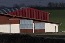 A new barn and outbuildings on a farm, Warwickshire - John Harris - 04-01-2017