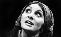 Georgia Brown in Man Is Man by Bertolt Brecht, Royal Court Theatre, London 1971 - Chris Davies - 01-03-1971