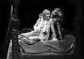 Marianne Faithfull as Jane Ludlow (L) and Jean Gilpin as Keech in Mad Dog, Hampstead Theatre Club, London 1973 - Chris Davies - 09-08-1973