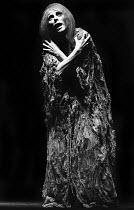 Billie Whitelaw in Footfalls by Samuel Beckett, Royal Court Theatre, London, 1976 - Chris Davies - 16-05-1976