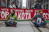 San Francisco, California, USA protest at the inauguration of Donald Trump as President. Solidarity with Standing Rock - David Bacon - 20-01-2017