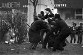 Brixton riots, London 1981. Police making an arrest - NLA - 12-04-1981