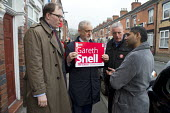 Gareth Snell and Jeremy Corbyn MP, Labour Party canvassing, Cauldon, Stoke on Trent Central, Staffordshire - John Harris - 18-02-2017