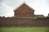 Improvised painted football goal posts, Toxteth, Liverpool. - Jess Hurd - 2010s,2016,building,buildings,cities,City,excluded,exclusion,football,goal,goal mouth,HARDSHIP,impoverished,impoverishment,Improvised,INEQUALITY,Liverpool,Liverpool 8,Marginalised,painted,people,perso