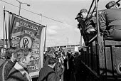 Glasgow dustcart drivers strike of 1975. Pickets, supported by AEEU from Rolls Royce, block the entrance to a rubbish depot to army vehicles. Army was sent in by Labour government to break the strike - Peter Arkell - 21-03-1975