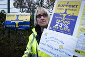 Teaching assistants on strike picketing outside a primary school in the town of Crook in a series of two day strikes to defend their pay and conditions, Crook, County Durham - Mark Pinder - 08-11-2016