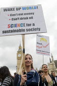 March For Science, London. International protest on Earth Day against global political questioning of facts and for protection of the environment - Stefano Cagnoni - 2010s,2017,activist,activists,against,CAMPAIGN,campaigner,campaigners,CAMPAIGNING,CAMPAIGNS,DEMONSTRATING,demonstration,DEMONSTRATIONS,environment,facts,FEMALE,March for Science,Nelsons Column,people,