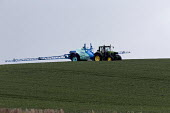 Crop spaying, Warwickshire - John Harris - 12-05-2017