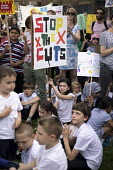 The Big School Assembly against education cuts, Mile End Park, Tower Hamlets, East London - Jess Hurd - 24-05-2017