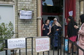 Grenfell Tower Fire. Local residents bringing donations to Notting Hill Methodist Church one of the Relief Centres set up just a few hundred metres from Grenfell Tower to help victims of the disaster... - Stefano Cagnoni - 14-06-2017