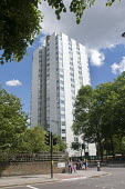 Blashford Tower. One of the five towers at the Chalcot Estate, Camden, which have been refurbished by Rydon with exterior cladding as was fitted to Grenfell Tower - Stefano Cagnoni - 15-06-2017