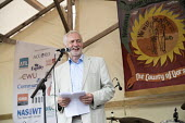Jeremy Corbyn, Tolpuddle Martyrs Festival, Dorset. - Jess Hurd - 2010s,2017,ACE,banner,banners,Dorset,Festival,festivals,Jeremy Corbyn,Labour Party,Left,left wing,Leftwing,male,man,member,member members,members,men,MP,MPs,PEOPLE,person,persons,POL,political,politic