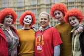 McDonalds workers strike rally, Westminster, London. Fast Food Rights Campaign want 10 pounds an hour, end to zero hour contracts and union rights - Jess Hurd - 04-09-2017