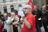 Ronnie Draper BFAWU speaking at McDonalds workers strike rally, Westminster, London. Fast Food Rights Campaign want 10 pounds an hour, end to zero hour contracts and union rights - Jess Hurd - 2010s,2017,activist,activists,against,BFAWU,CAMPAIGN,campaigner,campaigners,CAMPAIGNING,CAMPAIGNS,cities,City,contract,contracts,DEMONSTRATING,Demonstration,DEMONSTRATIONS,DISPUTE,disputes,EARNINGS,fa