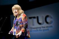 Glenys Wilmott, Labour Party Sororal Delegate speaking, TUC Congress, Brighton 2017. - Jess Hurd - 10-09-2017