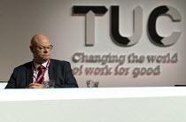 Steve Gillan POA Gen Sec TUC logo Changing the World of Work for Good TUC Congress Brighton 2017 - John Harris - 13-09-2017