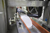 Denver, Colorado, USA National Ice Core Laboratory, an ice core from Greenland is prepared for cutting. The Laboratory stores 19,000 meters of ice cores from Antarctica, Greenland and North America, m... - Jim West - 28-08-2017