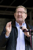 Len McCluskey Unite speaking. Rally supporting bin workers strike, Victoria Square, Birmingham. The Labour council have issued redundancies to 113 binmen - John Harris - 17-09-2017