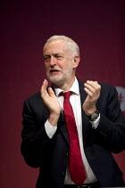 Jeremy Corbyn Labour Party Conference, Brighton 2017 - Jess Hurd - 2010s,2017,applauding,applause,Brighton,Conference,conferences,Congress,Jeremy Corbyn,Labour Party,MP,MPs,Party,POL,political,politician,politicians,Politics