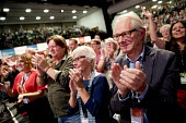 Director Ken Loach Labour Party Conference, Brighton 2017 - Jess Hurd - 2010s,2017,adult,adults,applauding,applause,Brighton,Conference,conferences,Director,DIRECTORS,Ken Loach,Labour Party Conference,Party,POL,political,POLITICIAN,POLITICIANS,Politics,Standing ovation