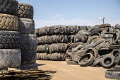 Denver, Colorado, USA Used tires piled up at Colorado Tire Recycling Centre - Jim West - 29-08-2017
