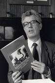 Rodney Bickerstaffe NUPE, press conference on the publication of a report on elderly care, London, 1986 - Philip Wolmuth - 29-10-1986