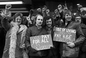 GMWU gas workers lobby pay talks, London 1973 during the national strike for pay claim despite wage restraint policy of the Heath government - NLA - 1970s,1973,activist,activists,CAMPAIGNING,CAMPAIGNS,cities,City,claim,cost of living,DEMONSTRATING,Demonstration,EARNINGS,Fair Pay campaign,Gas workers,GMWU,government,Income,inequality,living wage,lo