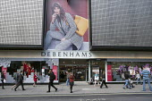 Shoppers and advertising, Debenhams store, Oxford Street, London - Philip Wolmuth - 22-09-2017