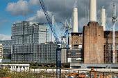 Construction of apartment blocks at the former Battersea Power Station site, part of the 480 acre Nine Elms Regeneration Zone, London. Many of the flats have been bought off plan by overseas buyers - Philip Wolmuth - 28-09-2017