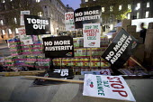 Universal Credit anti austerity protest, Foodbank donations delivered by The Peoples Assembly to Downing Street ahead of the Budget, Whitehall, London - Jess Hurd - 21-11-2017