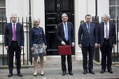 Philip Hammond leaving 11 Downing Street with his Red Box, 2017 Budget Day, Westminster, London. Treasury team (L to R) Stephen Barclay, Elizabeth Truss, Philip Hammond, Mel Stride, Andrew Jones - Jess Hurd - 22-11-2017