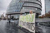 Switched On London environmental campaigners protest at City Hall demanding London Mayor Sadiq Khan keeps his climate change promises - Philip Wolmuth - 16-11-2017