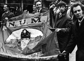 Miners and supporters protest, miners strike 1972 London for increased pay - Chris Davies - 1970s,1972,activist,activists,against,CAMPAIGN,campaigner,campaigners,CAMPAIGNING,CAMPAIGNS,cities,City,DEMONSTRATING,Demonstration,DEMONSTRATIONS,disputes,EARNINGS,Income,INCOMES,industrial dispute,i