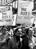 Women from Tate and Lyle sugar refinery protest Liverpool 1976 to save 2000 jobs - John Sturrock - 26-05-1976